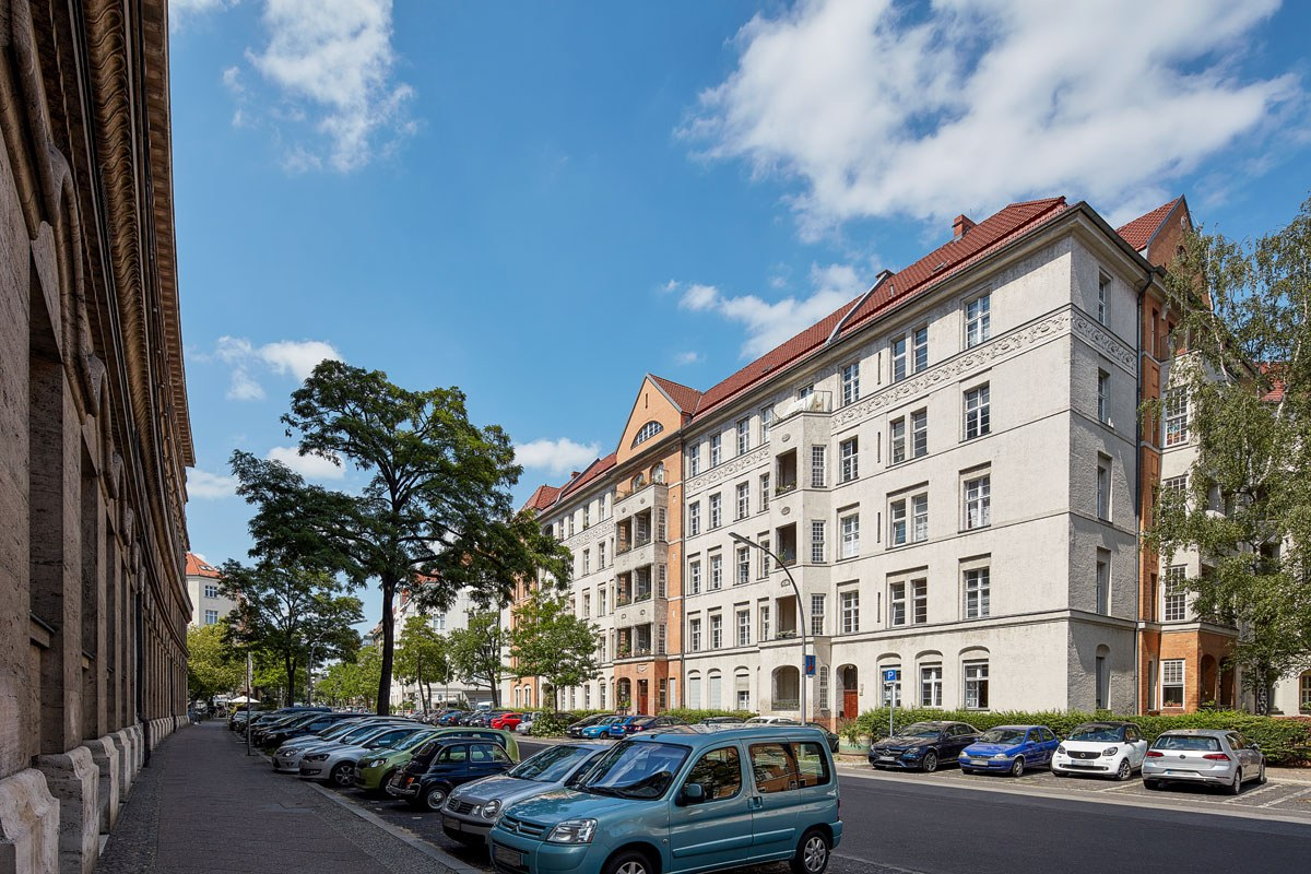 10235 Martin Luther Strasse 01 A
