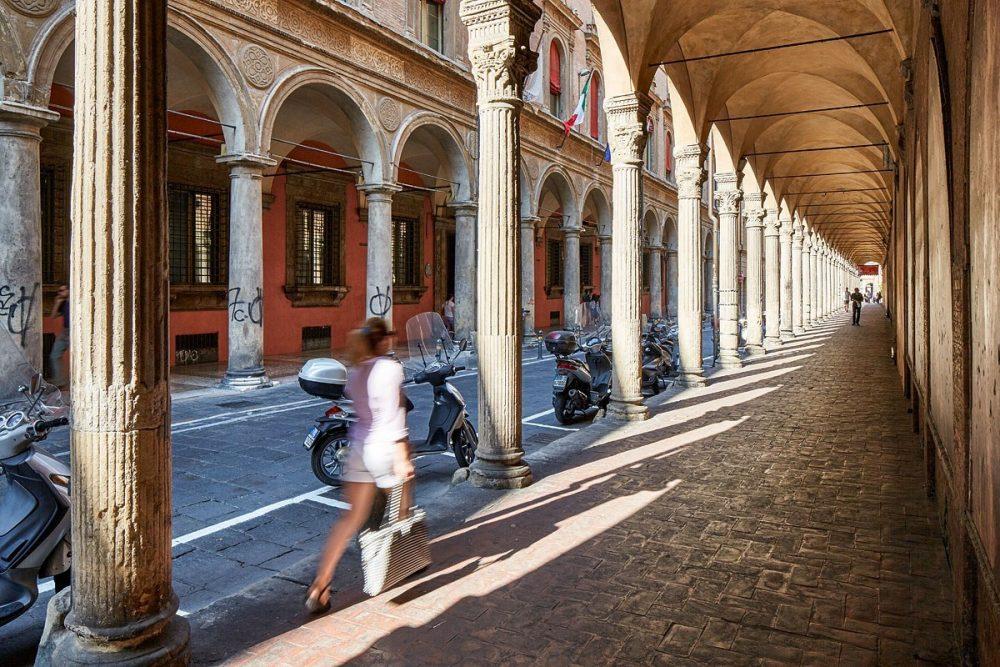 Via Zamboni, Bologna