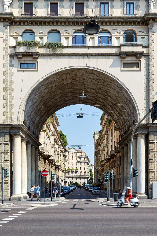 Piazza Eleonora Duse, Mailand